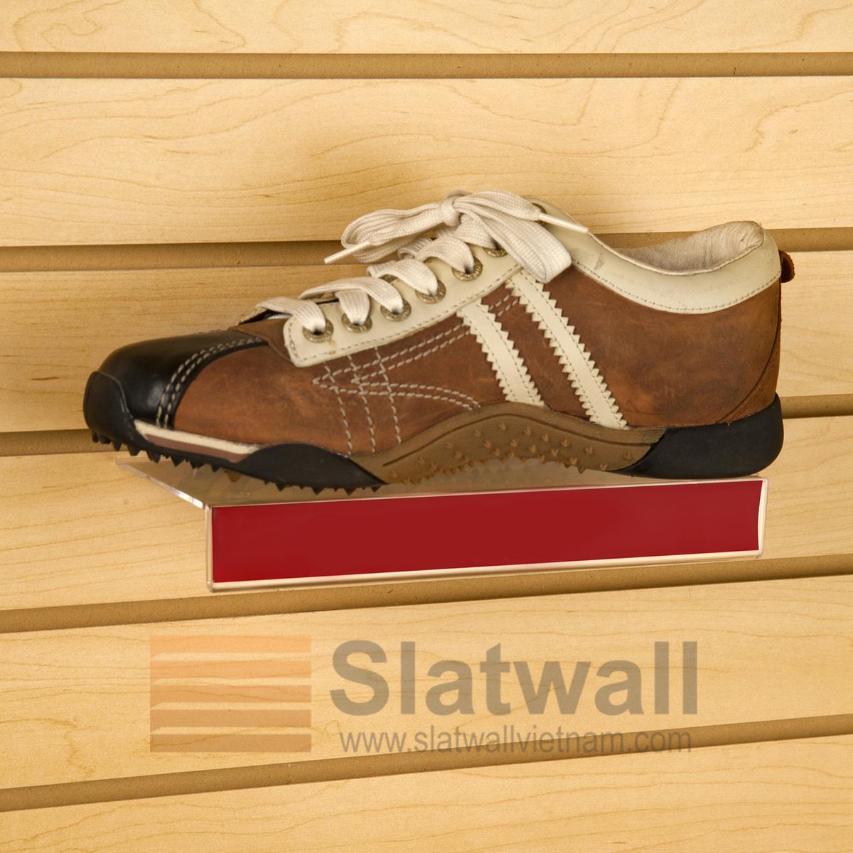 Kệ Mica để giày cài tấm gỗ Slatwall MCG02